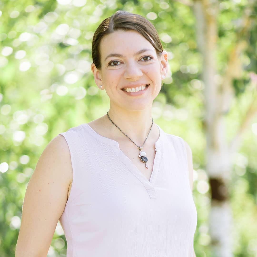 Redmond, WA-based Seattle birth doula Laura Jawad, headshot