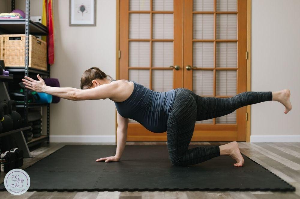 Core Training in Pregnancy + Prenatal Core Workouts for Each Trimester